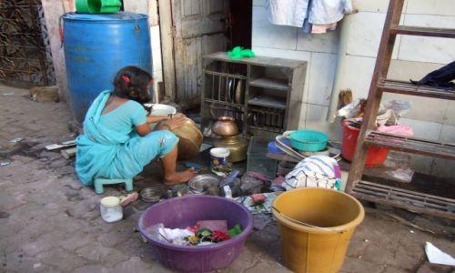 Zdjęcie INDIE / Macharasztra / Bombaj / Życie w slamsach
