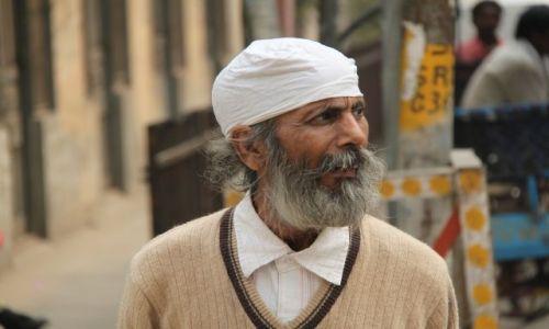 Zdjęcie INDIE / Delhi / Old Delhi / starzec