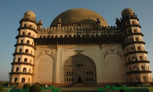 Zdjecie INDIE / Karnataka  / Bijapur / Mauzoleum
