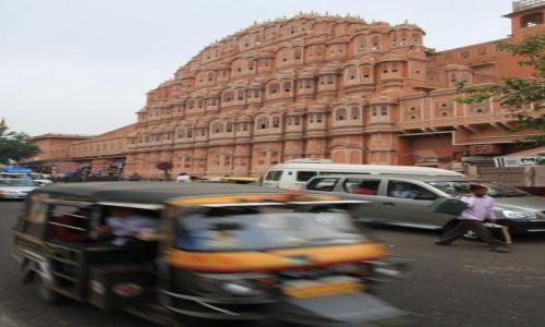 INDIE / Rajasthan / Jaipur / Hawa Mahal - palac wiatrow