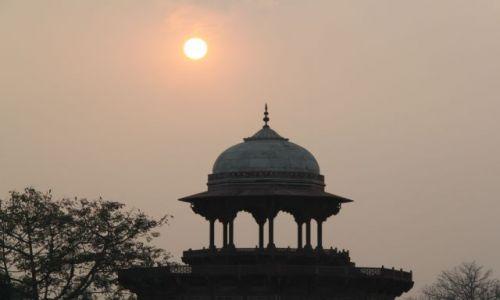 Zdjecie INDIE / Uttar Pradesh / Agra / Zachód słońca