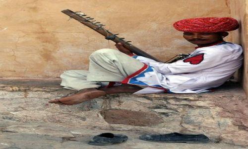 Zdjęcie INDIE / Rajasthan / Fort Amber / grajek