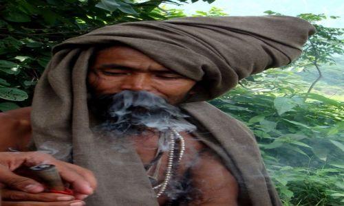 Zdjecie INDIE / Uttarkhand / Rishikesh / KONKURS Twarze