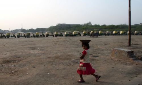 Zdjecie INDIE / Uttar Pradesh / Agra / kolejka