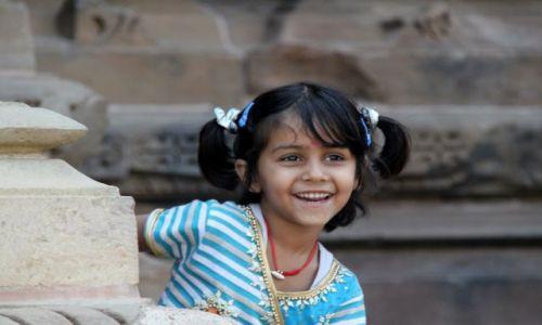 Zdjecie INDIE /  Madhya Pradesh, / Khajuraho / mała