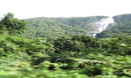 Zdjecie INDIE / Karnataka / Karnataka / Wodospady Karnataka - w drodze z Madgaonu do Hampi