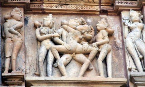 Zdjęcie INDIE / Madhya Pradesh / Khajuraho / Świątynia 2