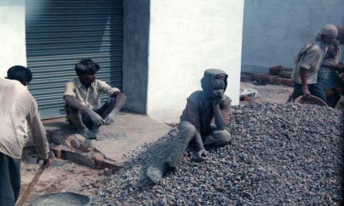 Zdjęcie INDIE / w drodze / ... / Na budowie