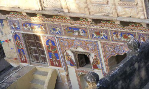 Zdjecie INDIE / - / Indie- Mandawa / Mandawa- pieknie malowana