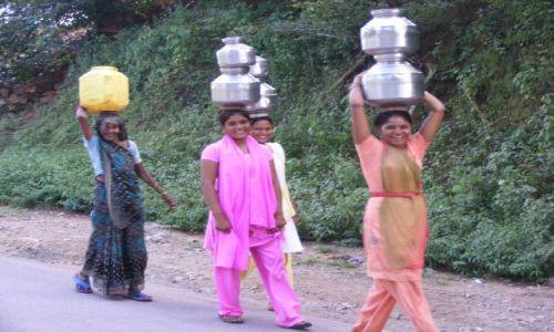 Zdjecie INDIE / - / Indie, gdzieś tam na drodze;) / Indie