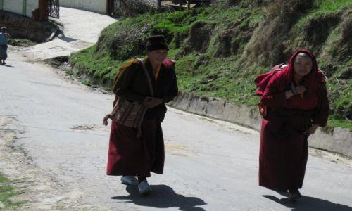 Zdjęcie INDIE / Arunachal Pradesh / Tawang / Himalaje / Wszwchobecni Mnisi