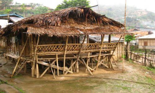 Zdjecie INDIE / Arunachal Pradesh / Daporijo / Poprostu dom