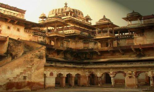 Zdjecie INDIE / Madhya Pradesh / Orchha / Opuszczony fort