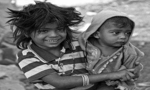 Zdjecie INDIE / - / Agra / Dzieci Indii