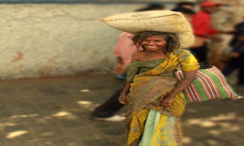 Zdjęcie INDIE / Maharasztra / Bombaj / Szczeście