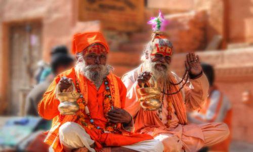 Zdjecie INDIE / Rajasthan / Jaisalmer / Święci