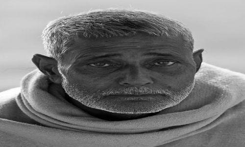 Zdjecie INDIE / - / Waranasi / Człowiek emanujący spokojem