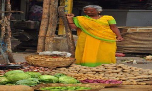 INDIE / - / Varanasi / Warzywniak