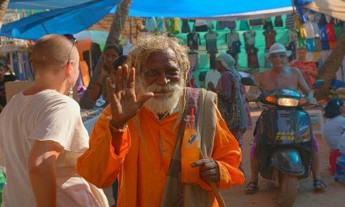 Zdjęcie INDIE / GOA / bazar / pozdrowienie