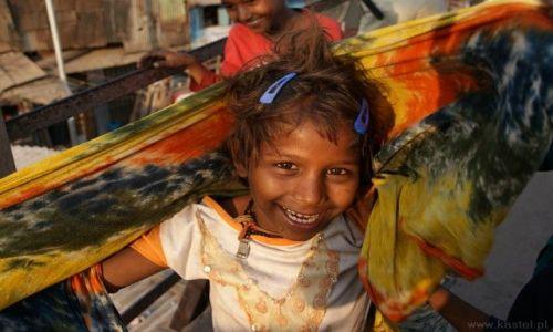 Zdjecie INDIE / - / Bombaj / Dziewczyna ze slumsu