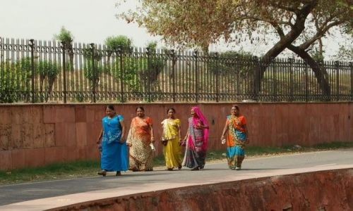 INDIE / Delhi / Old Delhi / Piękne sari