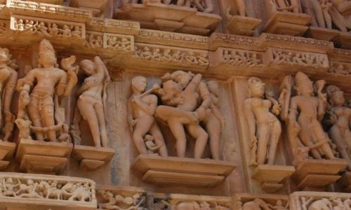 INDIE / Madhya Pradesh / Khajuraho / Świątynie Miłości