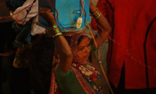 Zdjecie INDIE / Uttar Pradesh / Orchha / W orszaku pana młodego