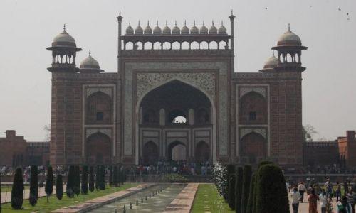 Zdjecie INDIE / Uttar Pradesh / Agra / Brama Saraceńska