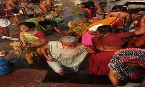 Zdjecie INDIE / Uttar Pradesh / Waranasi / Nad Gangesem 3