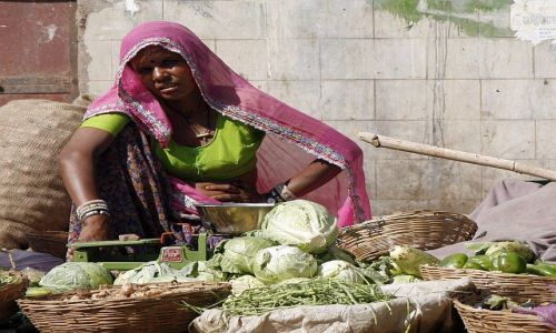 Zdjecie INDIE / Rajasthan / Puskhar / sprzedawczyni
