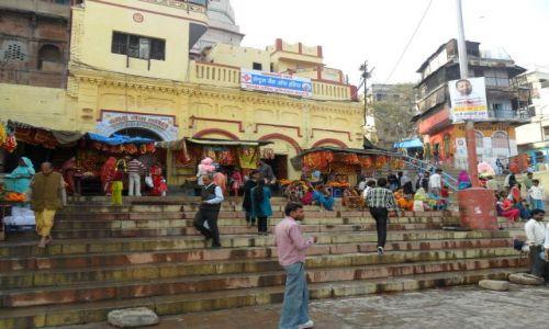 INDIE / Uttar Pradesh / Delhi / Waranasi, handel na ghatach