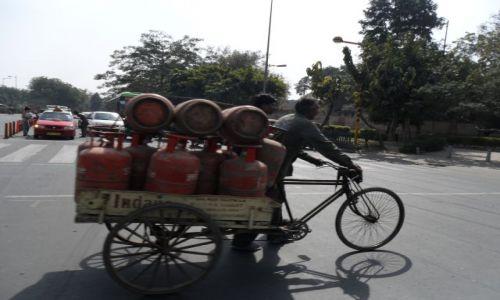 INDIE / Delhi / Delhi / Przerobiony na gaz?