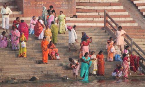 Zdjecie INDIE / - / Varanasi / Na brzegu świętej rzeki