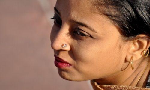 INDIE / - / Delhi / Dziewoje dla Smoka