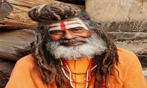 INDIE / - / Varanasi / Holy Man