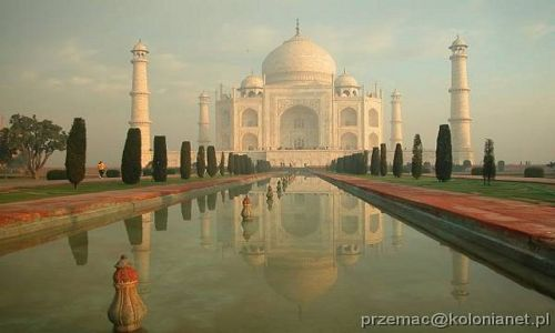 Zdjecie INDIE / brak / Agra / Taj Mahal o wschodzie słońca