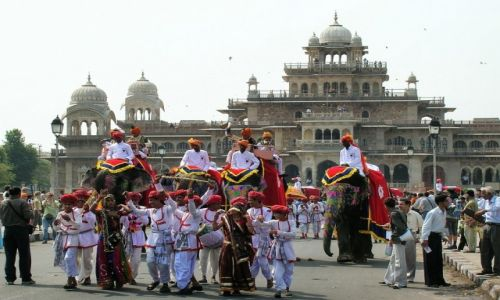 Zdjecie INDIE / Radżastan / Jaipur / święto Holi