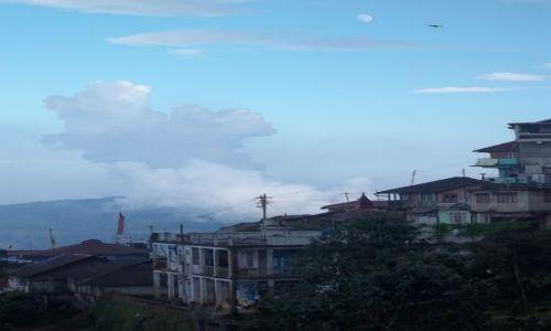 Zdjęcie INDIE / Darjeeling / W drodze do klasztoru Bhatija Basti / Konkurs