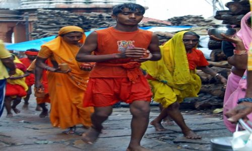 Zdjecie INDIE / - / Varanasi / W drodze do.../Konkurs Moje Indie