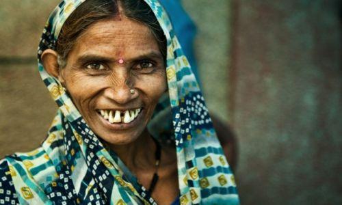 """Zdjecie INDIE / Delhi / Delhi / """"Kobieta w obiektywie podróżnika"""
