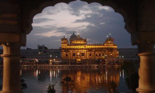 INDIE / brak / Amritsar / Z�ota �wiatynia Sikh�w