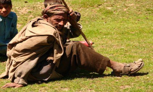 Zdjęcie INDIE / Kashmir -  / Sonamarg / Pasterz