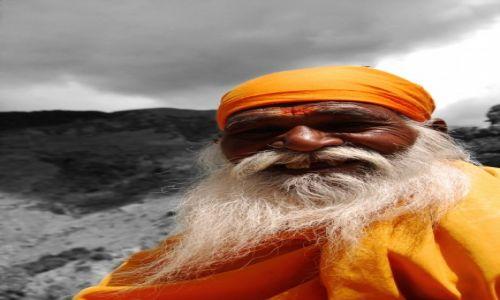 Zdjęcie INDIE / Himachal Pradesh / Dharamsala / Pielgrzym