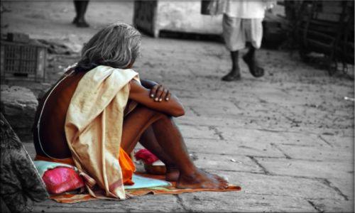 Zdjecie INDIE / Uttar Pradesh / Varanasi / Szarość dnia