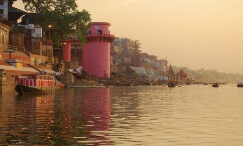 Zdjecie INDIE / Uttar Pradesh / Varanasi / Ganges