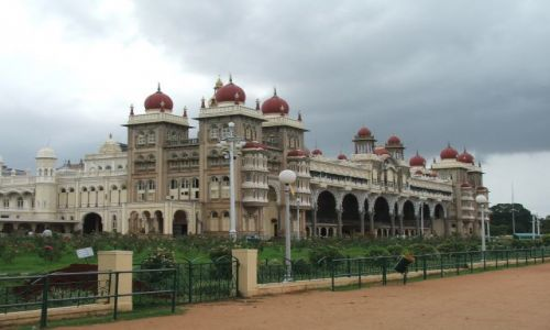 INDIE / Karnataka / Mysore / Maharadża life- pałac maharadży Mysore