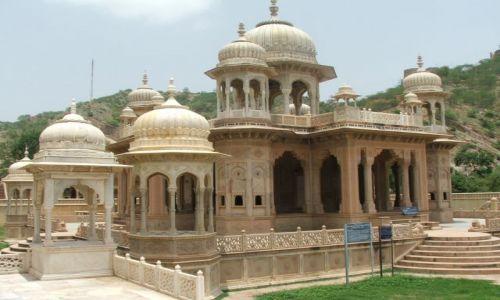 INDIE / Radjastan / Jaipur / Świątynia bez turystów- Jaipur