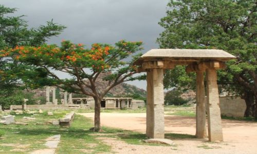 INDIE / Karnataka / Hampi / Hampi- przyroda i historia