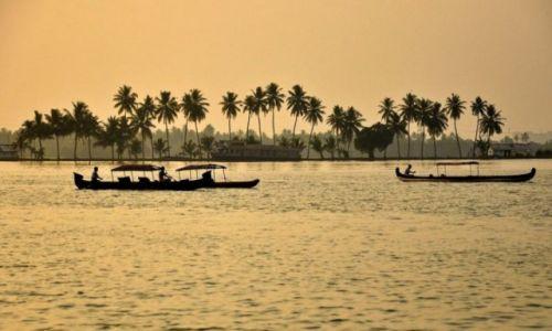 Zdjecie INDIE / - / Kerala / Backwaters
