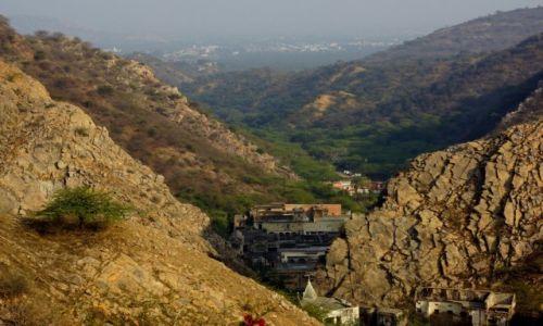 Zdjecie INDIE / - / Jaipur / W drodze do Świątyni Małp